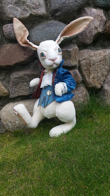 Rabbit From Alice In Wonderland Skazkodrom